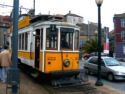 The old #18 eléctrico (tram) line runs along the Douro river