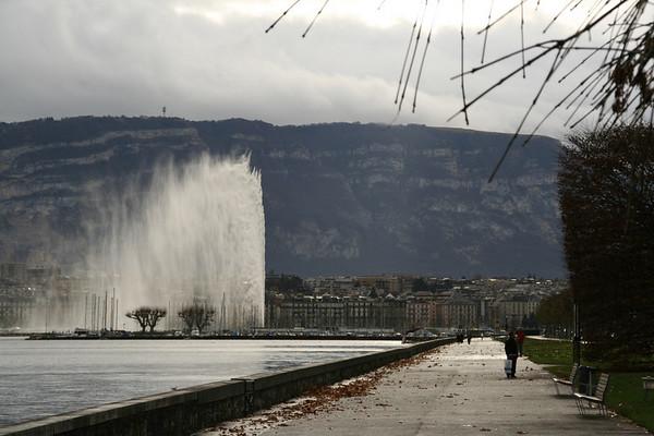 Jet De L'eau viewed from Parc de Mon Repos