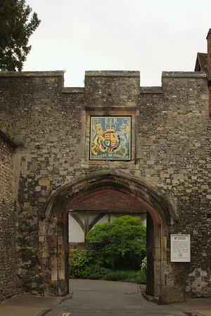 Kings gate