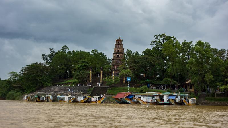 Thiên Mụ Pagoda, Hue.