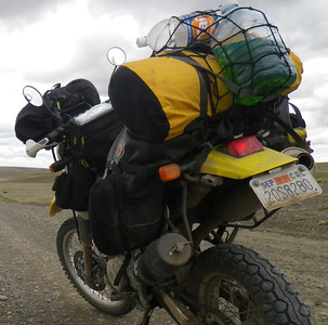 the road to el calafate. this was the start of the infamous Ruta 40 - thousands of km of dirt roads with huge gaps without fuel or services. I had a full tank of 5 gallons with an additional 4 liters in the back.