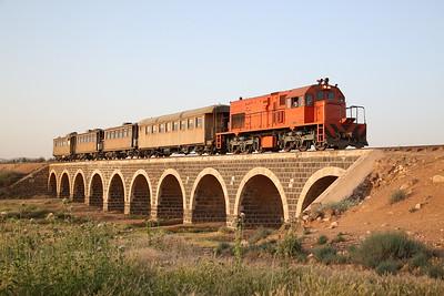 JHR 40210, runpast near Samra, BLS/LCGB 'Jordan Railtour 2017' Day 1 - 10/05/17.
