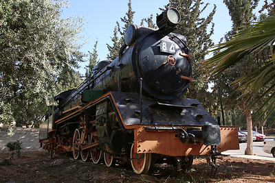 JHR 4-6-2 'Pacific' No.84 (Nippon Sharyo, Japan 1612/1958) plinthed at the Entrance of the Faculty of Engineering and Technology - University of Jordan, Amman - 10/05/17.