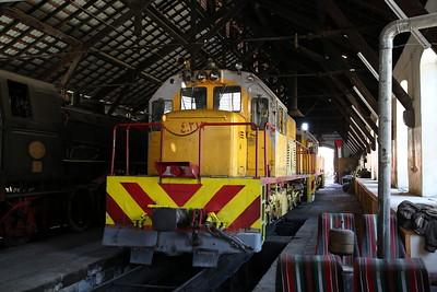 JHR 40212 & 40213 (GE UM10A1As) inside Amman shed - 10/05/17.