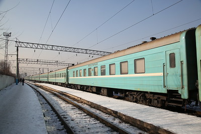 Old Russian stock being shunted at Almaty-2 - 10/01/18
