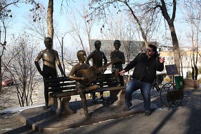 Elvis meets the Beatles, Kök-Töbe hill, Almaty - 10/01/18