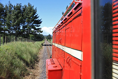 View from the cab of GVR 8 (DE507) as we leave Pukeoware running LE to Glenbrook  - 10/11/2011.