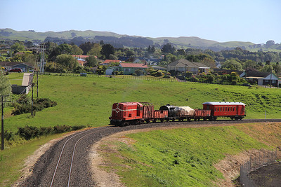 GVR 8 (DE507) performs a runpast just North of Victoria Avenue on D7 16.30 Victoria Avenue-Glenbrook charter  - 10/11/2011.