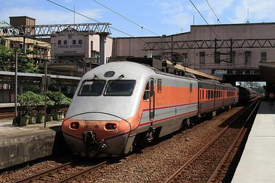 TRA E1047, Shulin, on rear of 106 05.50 Chiayi-Qidu - 11/05/14