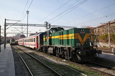 TCDD DE11 060 shunting stock at Izmir Basmane - 16/11/19