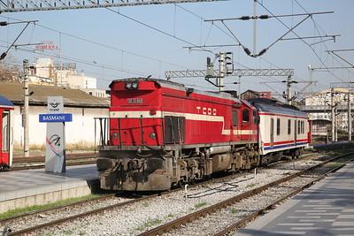 TCDD DE22 060, Izmir Basmane, arrived to work 32603 15.00 to Uşak 'Uşak Ekspresi' - 16/11/19