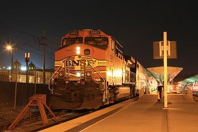 BNSF 5662, Los Angeles Union, 226 18.05 ex Lancaster - 24/08/16.