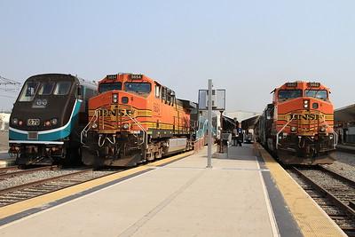 BNSF 5654 / 5662, Los Angeles Union, 110 08.25 ex Moor Park / on rear of 306 10.17 to San Bernardino - 25/08/16.