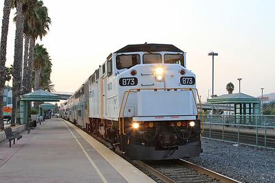 Metrolink 873, Burbank, 201 06.30 Los Angeles-Lancaster - 25/08/16.