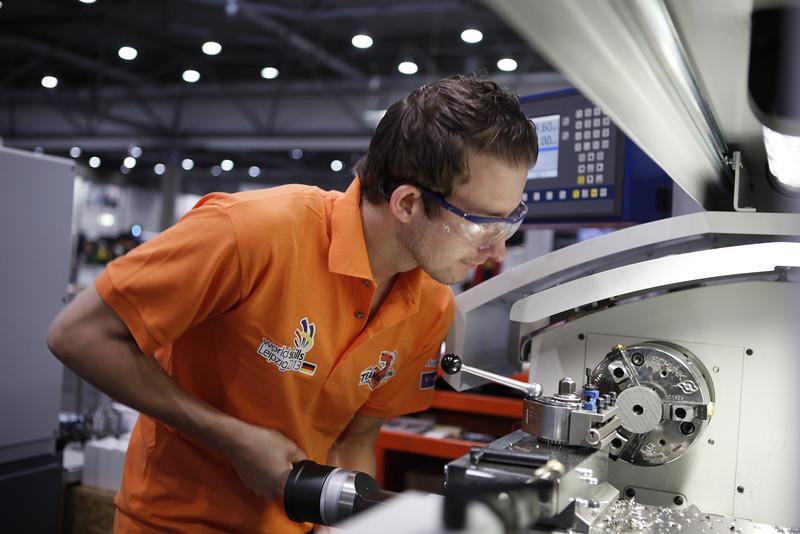 Robbert-Jan van Wijk - Manufactoring Team Challenge