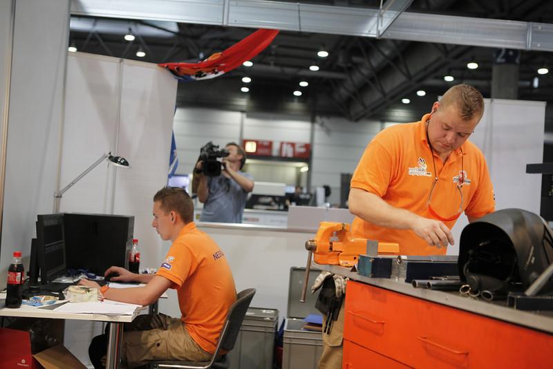 Wouter van der Ven & Pim Bexkens - Manufactoring Team Challenge