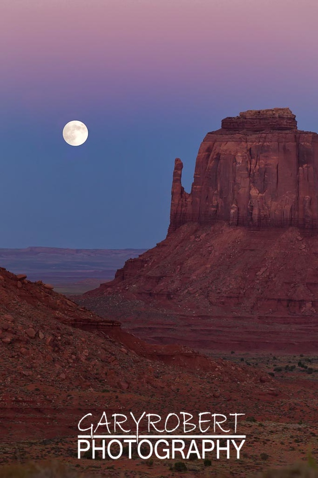 Moon Rise over Monument Valley