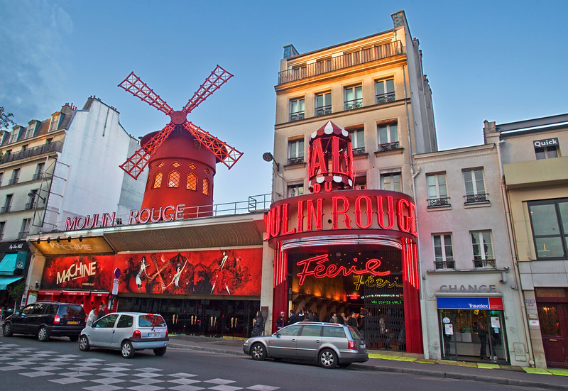 Almost dusk at the Moulin Rouge
