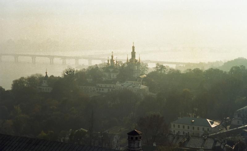 1994-10-Kiev-15_PS_Cntrst Layer
