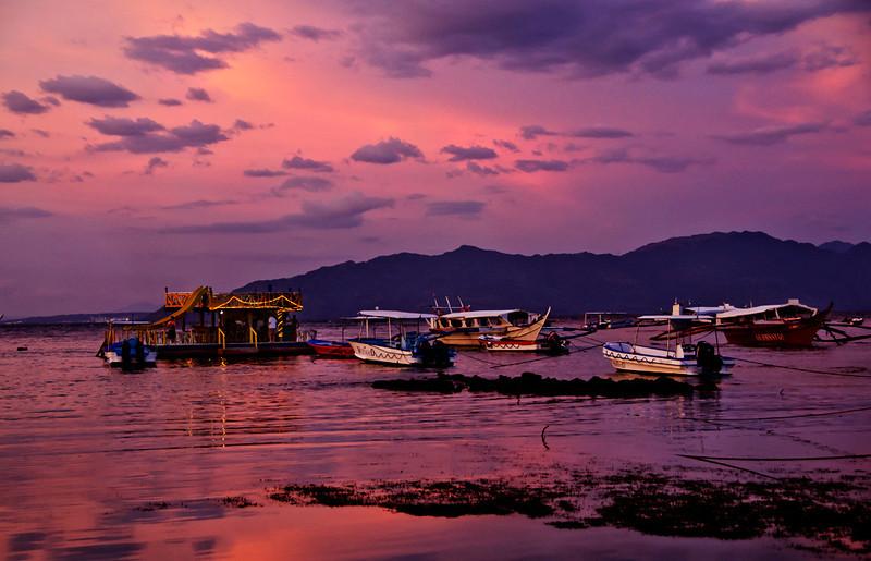 Floating bar and bancas, Sabang at sunset