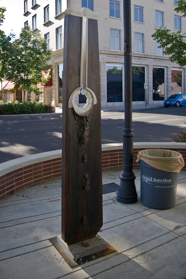 Art on the Corner.. no idea what it is. ;D