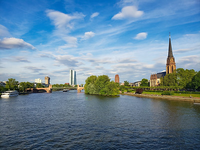 Dreikönigskirche, Main River, Frankfurt, Germany