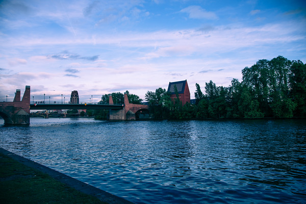 Alte Brucke, Portikus, Main River, Frankfurt, Germany