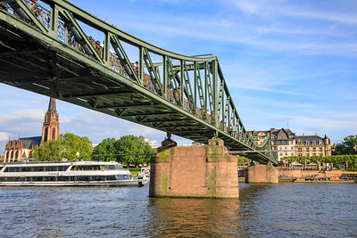 Eiserner Steg, Iron Bridge across Main River, Frankfurt, Germany