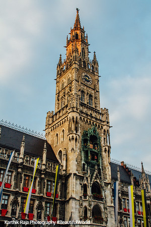 The New Town Hall, Glockenspeil, Marienplatz, Munich, Bavaria, Germany