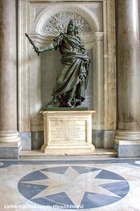 Statue inside the Santa Maria Maggiore - Phillipio IV, Rome, Italy