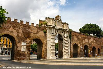 Roman walls, Rome, Italy