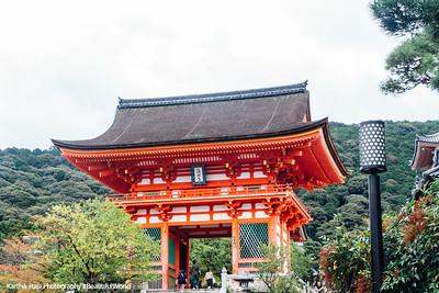 Gate, Kiyomizu-dera, Kyoto, Japan