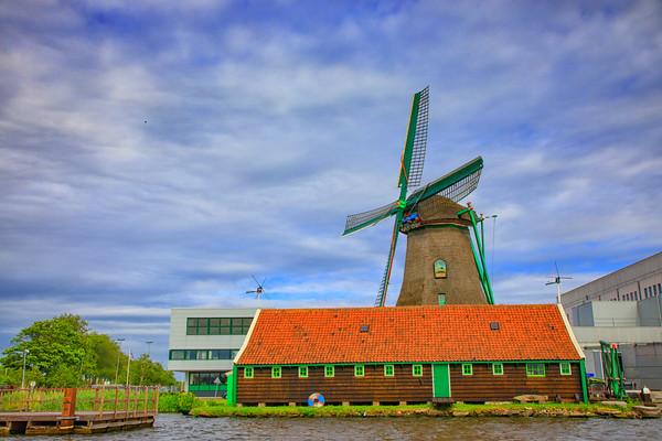 Windmill De Zoeker Oliemolen de Zoeker, Zaanse Schans,  Netherlands