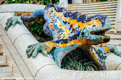 "Salamander, popularly known as ""el drac"" (the dragon), Park Guell, Antoni Gaudi, Barcelona, Spain"