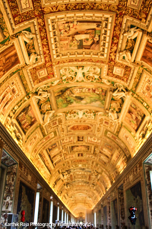 The never ending halls of the museum, Vatican City