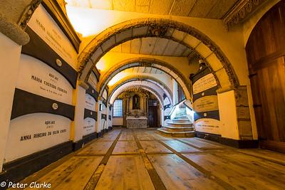 Igreja de Sao Franciso, Catacombs