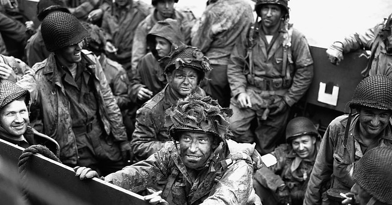 Allied troops packed in a landing craft awaiting departure for Normandy. #wwii #ww2history #wwii #dday