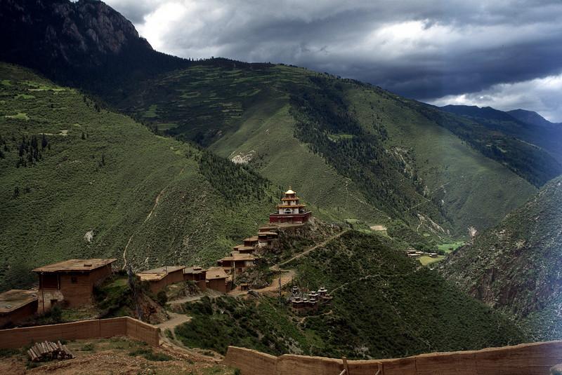 Zangdok Pelri, Palyul Monastery, Tibet, <br /> © Nawang Paljor-1995