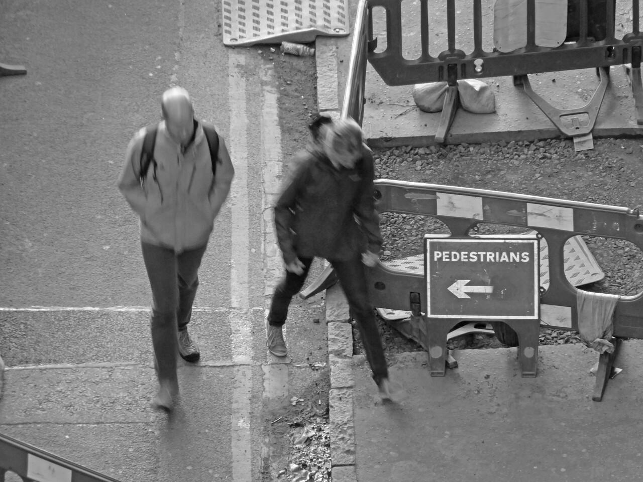 'Pedestrians' - Cowgate, Edinburgh - Edinburgh WorldWide PhotoWalk.