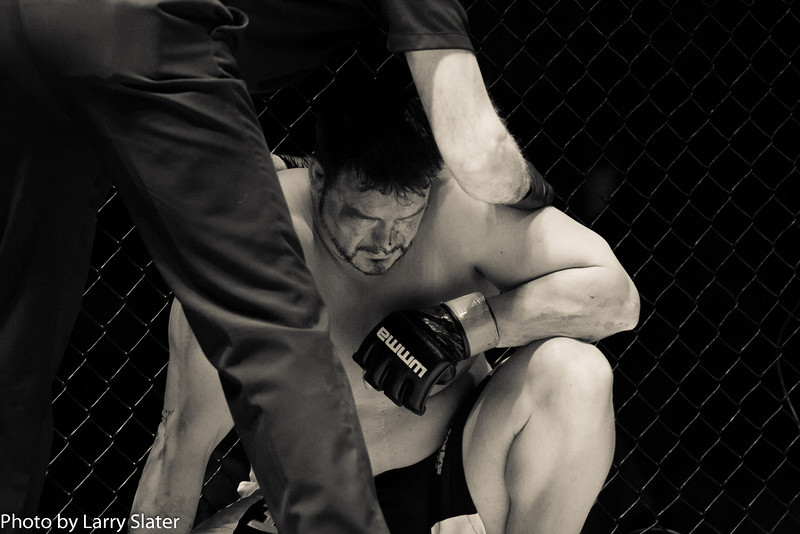 Aaron Mays (Blackout MMA) def  Jed Jobe (Jaws Wrestling)_R3P2344-2