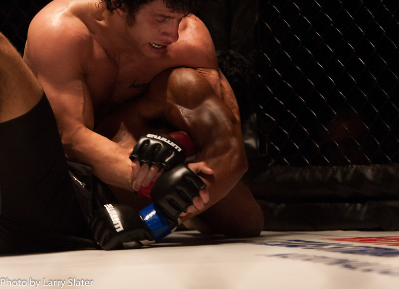 Eric Bradley (Excel Defense Studios) def  Lizandro Feliciano (Team Roswell Gym)_R3P2225