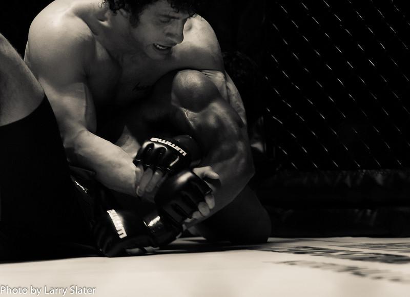 Eric Bradley (Excel Defense Studios) def  Lizandro Feliciano (Team Roswell Gym)_R3P2225-2