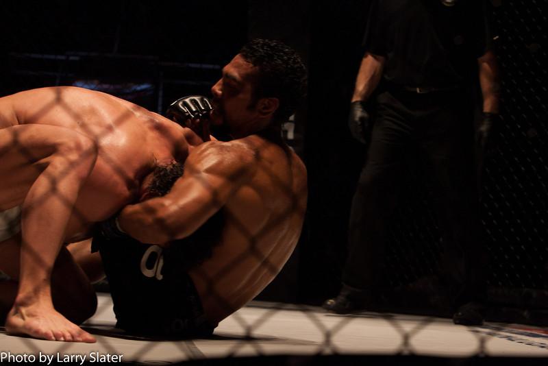 Eric Bradley (Excel Defense Studios) def  Lizandro Feliciano (Team Roswell Gym)_R3P2262