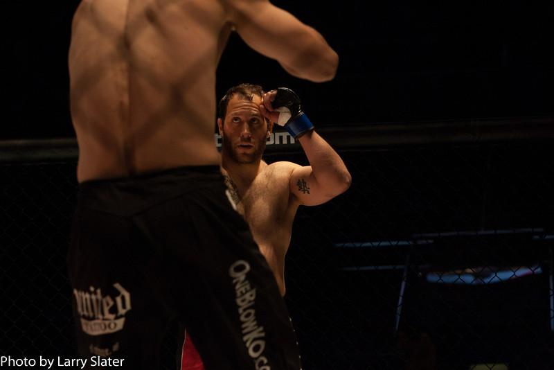 Kelley Oser (MMA Lab) def  Manuel Cespedes (ATF Gym)_R3P2082