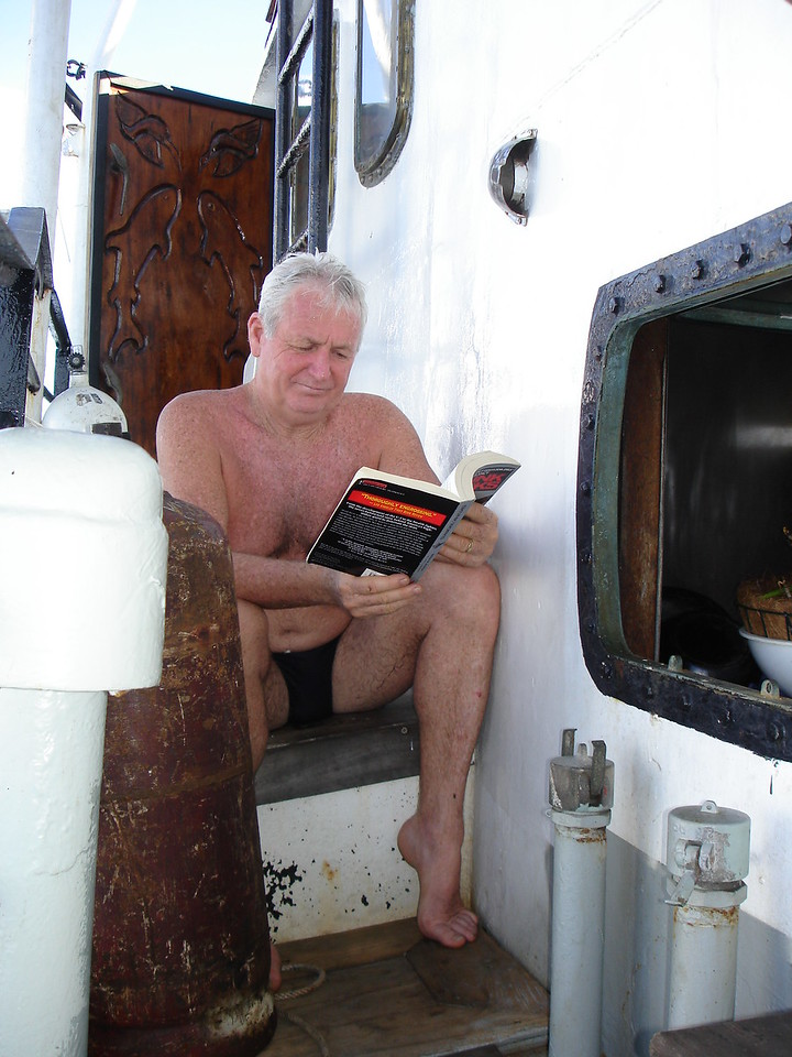 Monsieur D'enlay doing a 127m wreck dive (hey he is french) :-)