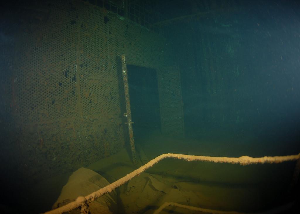 Door to workshop (2nd level engine room)