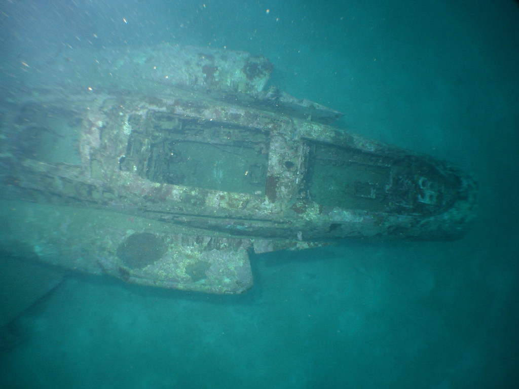 F4 Phantom jet fighter wreck in 45m
