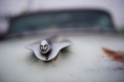 Le modèle Eldorado a été en service chez Cadillac de 1953 à 2002. C'est le modèle qui a été le plus longtemps vendu dans le domaine des voitures de luxe. Bien que conservant le même nom, ce modèle a considérablement changé de look et de mécanique pendant cette période, mais il est toujours resté au sommet de la gamme Cadillac. Cependant à part les modèles Eldorado Brougham de 57 à 60, les modèles les plus luxueux et les plus chers de la gamme ont été les séries 75.