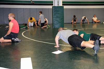 ZCHS Sit-up Push-up-a-thon 11-17-12_0014