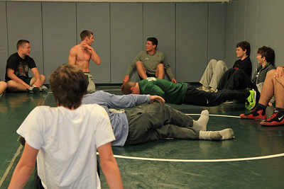 ZCHS Sit-up Push-up-a-thon 11-17-12_0013